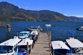 Puerto en San Juan La Laguna
