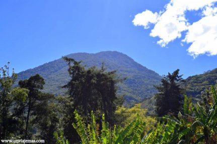 El volcán San Pedro visto desde muy muy cerca
