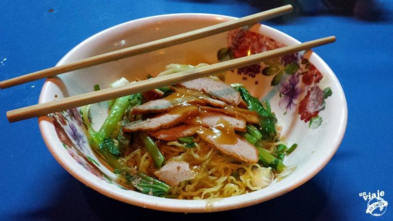 Comida callejera en Bangkok.