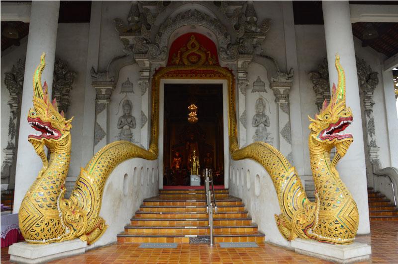 Templo Chedi Luang, Chiang Mai.