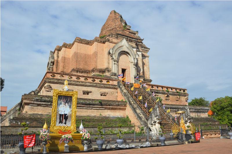 Estupa del templo Chedi Luang, Chiang Mai.
