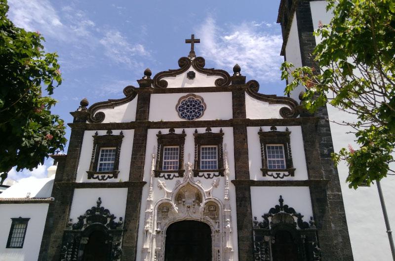 Iglesia de Sao Sebastian, en Sao Miguel, Azores.
