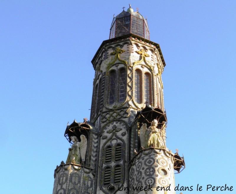 Notre Dame de la Salette – Le Château de Gannes