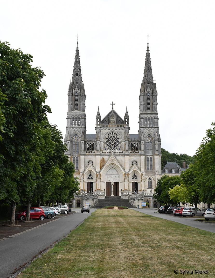 routes-tranquilles-perche-chapelle-montligeon