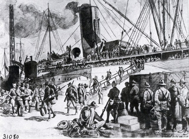 31080 Newly Arrived Soldiers Debarking at Brest