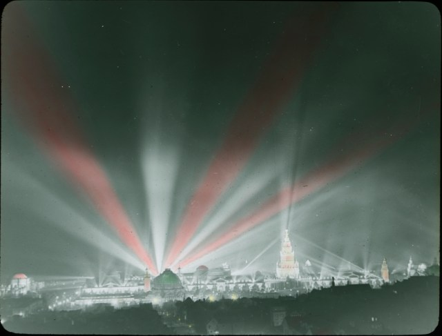 Photograph of the Panama-Pacific International Exposition at night, 1915. Local ID: 16-SFX-73