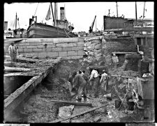Norfolk Naval Shipyard, Old wall, fitting-out basin. November 22, 1902. Local Identifier: 181-V-232