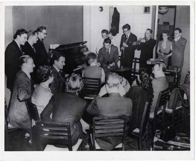 """Helsinki """"hop-cats"""" gather every other week at the U.S. Information Center to explore the mysteries of jazz (306-CS-2B-10) https://catalog.archives.gov/id/23932371"""