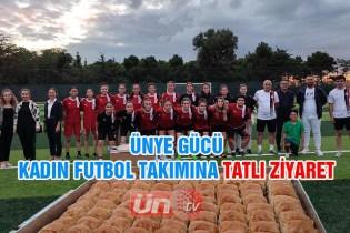 Kadın Futbol Takımına Tatlı Ziyaret!