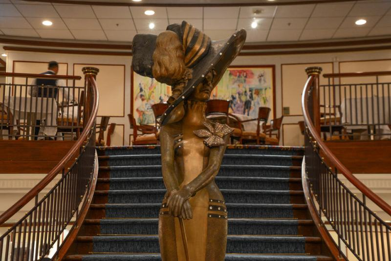 51_Royal_Caribbean_Enchantment_of_the_Seas-1