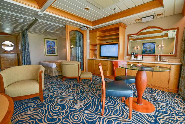 68_Royal_Caribbean_Enchantment_of_the_Seas