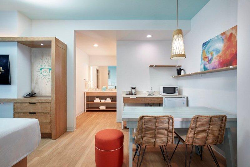 06_Surfside Inn and Suites 2 Bedroom Suite