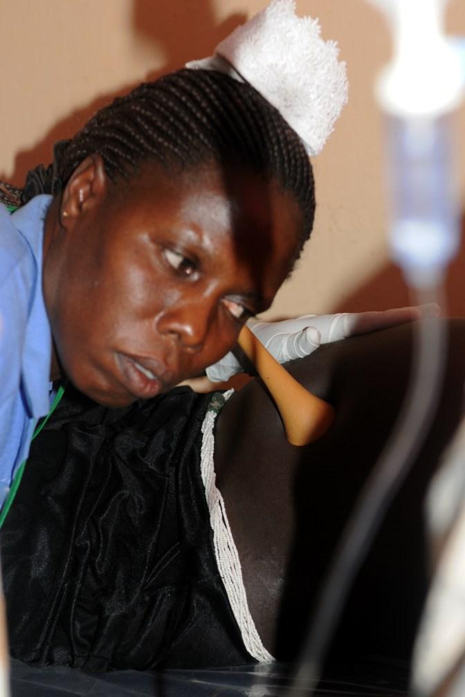 Pinard_horn_Uganda_US_Army_nurse