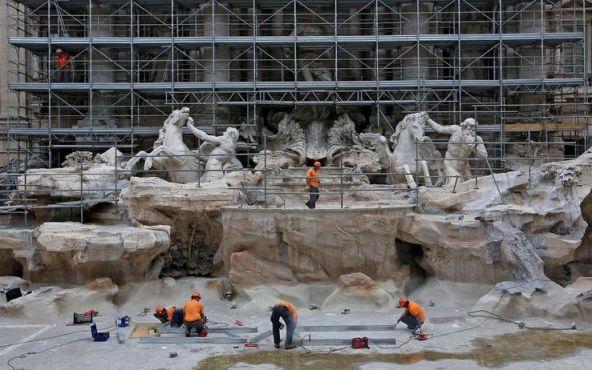 Fontana di Trevi restauro 3
