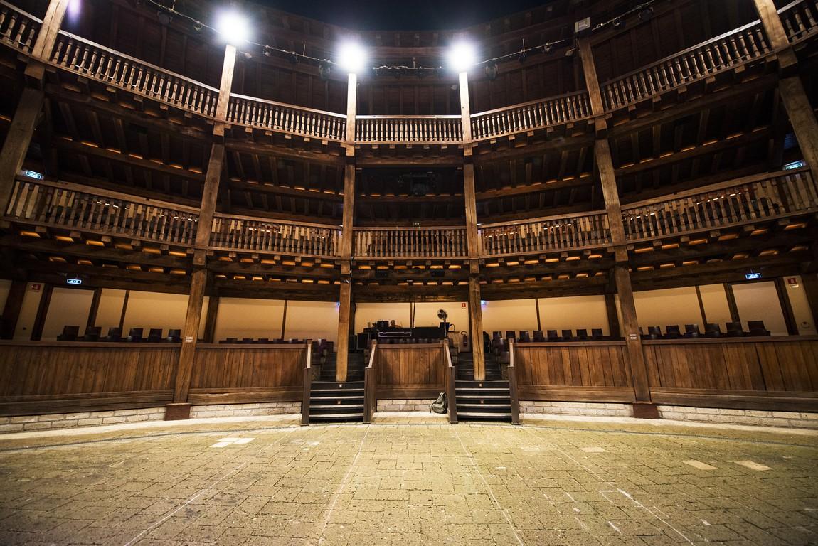 Globe Theatre, Villa Borghese,