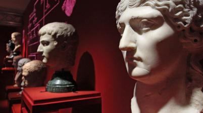 """""""Claudio Imperatore. Messalina, Agrippina e le ombre di una dinastia"""""""