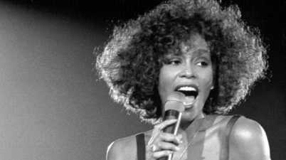 """Whitney Houston, i cinque album della splendida """"The voice"""""""