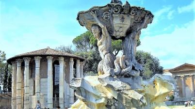 La Fontana dei Tritoni, piccolo gioiello romano che rimanda al Bernini