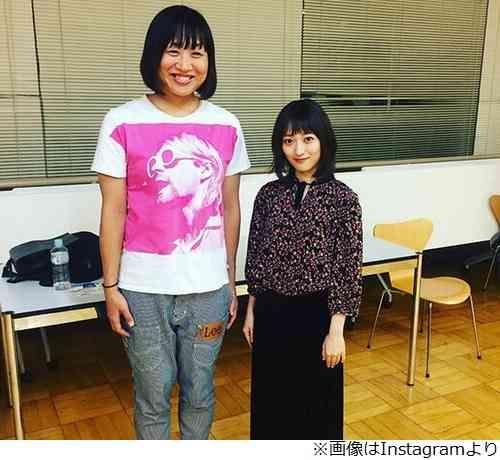 """しずちゃん&元NMB48三秋里歩の""""高低差""""2ショット「その差約30 ..."""