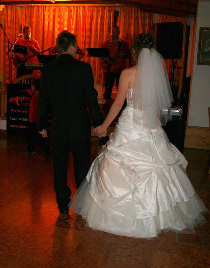 Habt Ihr Eine Schleppe Bei Eurem Brautkleid?