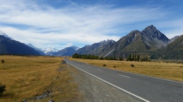 Mount Cook ao fundo