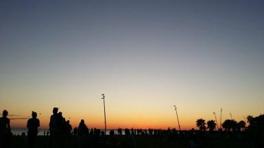 Último pôr-do-sol em St Kilda, uma das praias da baía de Melbourne.