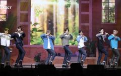 ENHYPEN commences their online fanmeet with their performance of