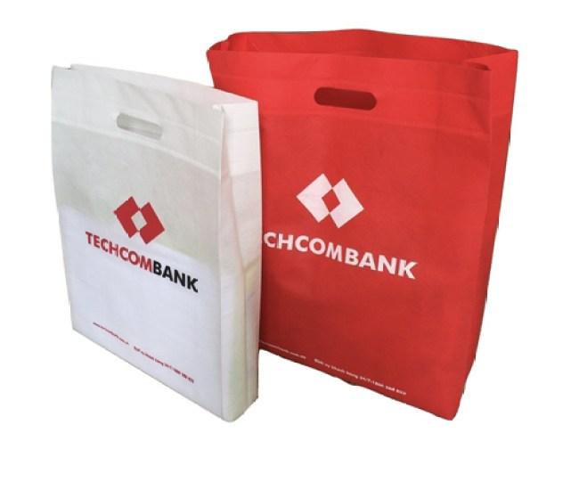 Vải không dệt ép nhiệt – Techcombank
