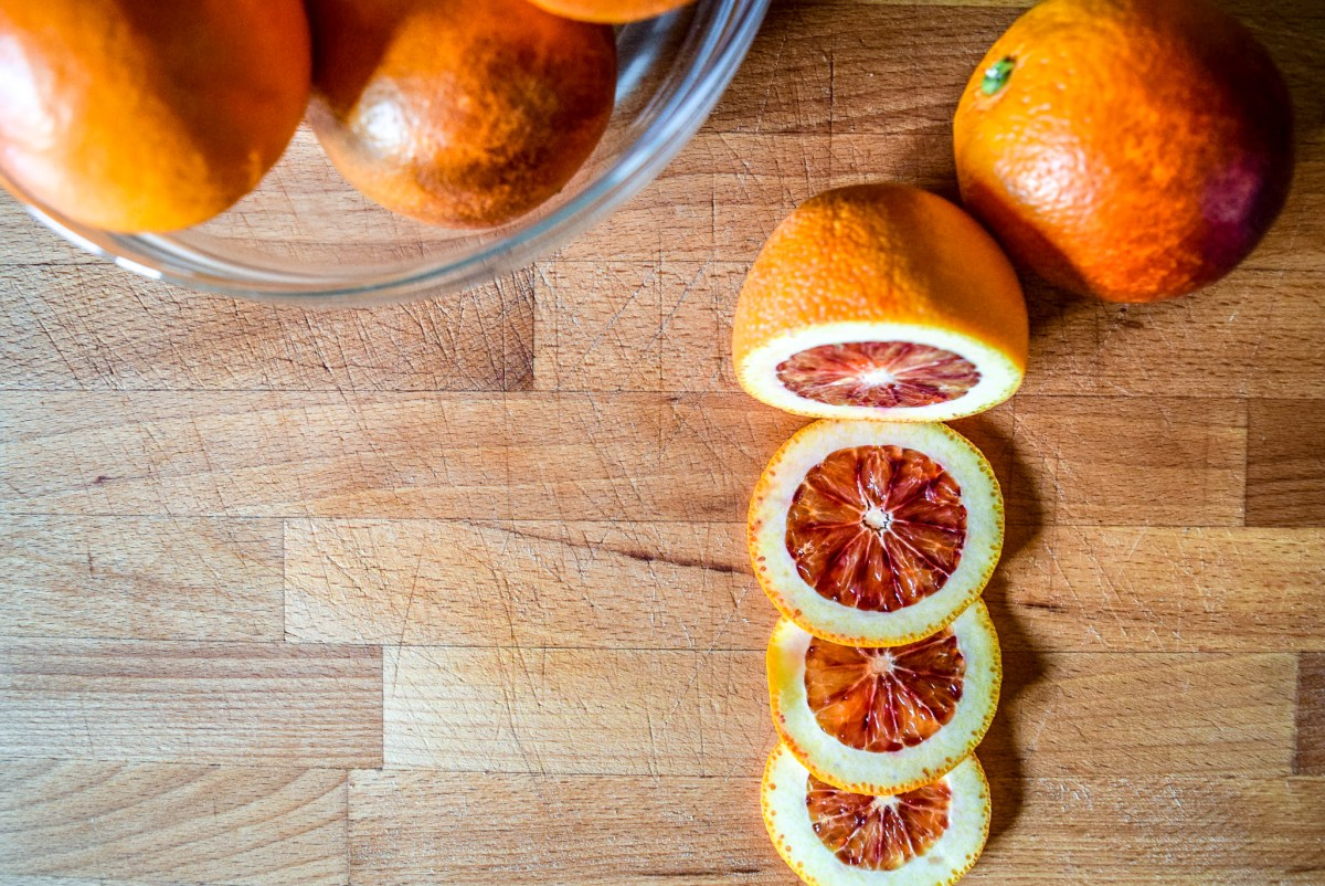 Sliced blood oranges from top for blood orange syrup