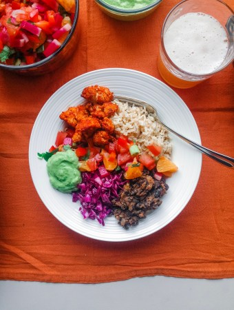 burrito bowls with buffalo cauliflower