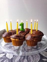 Vegan vanilla maple cupcakes