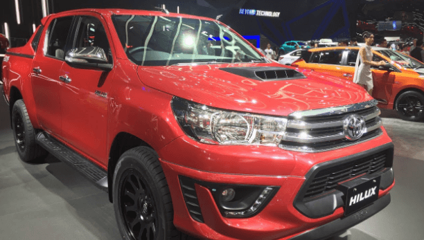 2021 Toyota Hilux Redesign, Interiors and Rumors