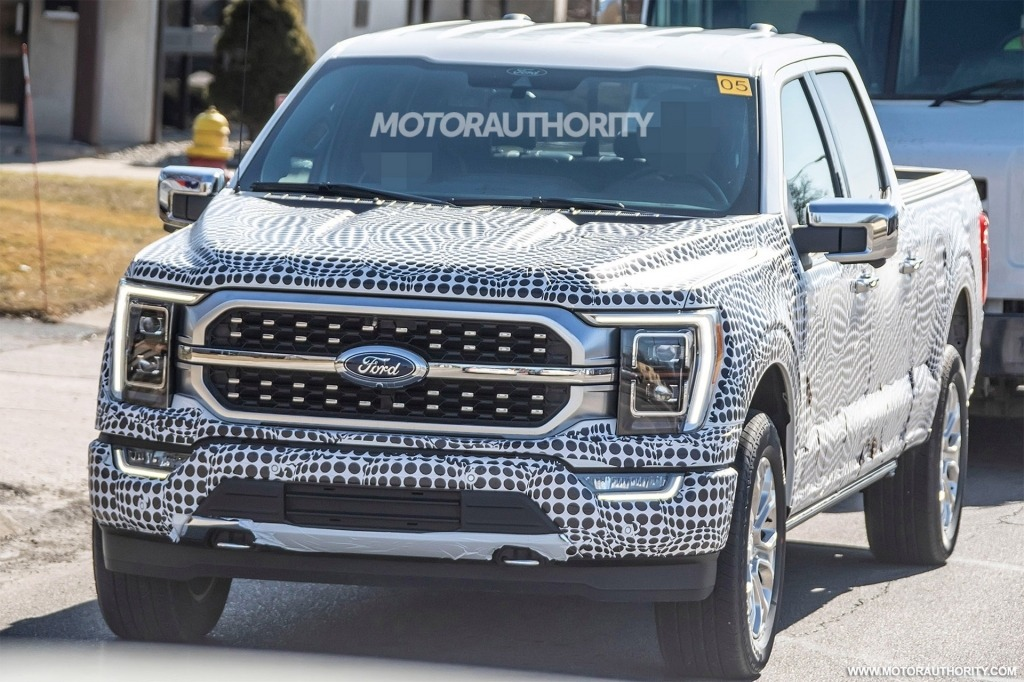 2022 Ford F250 Pictures