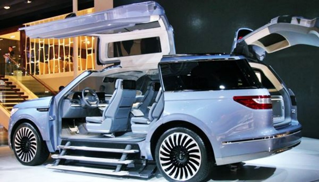 2022 Lincoln Navigator Drivetrain