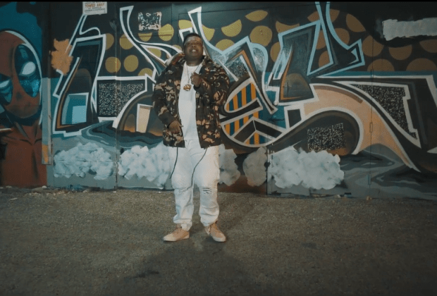 """King Hot Ft. AD - """"Poppin"""" (video)"""