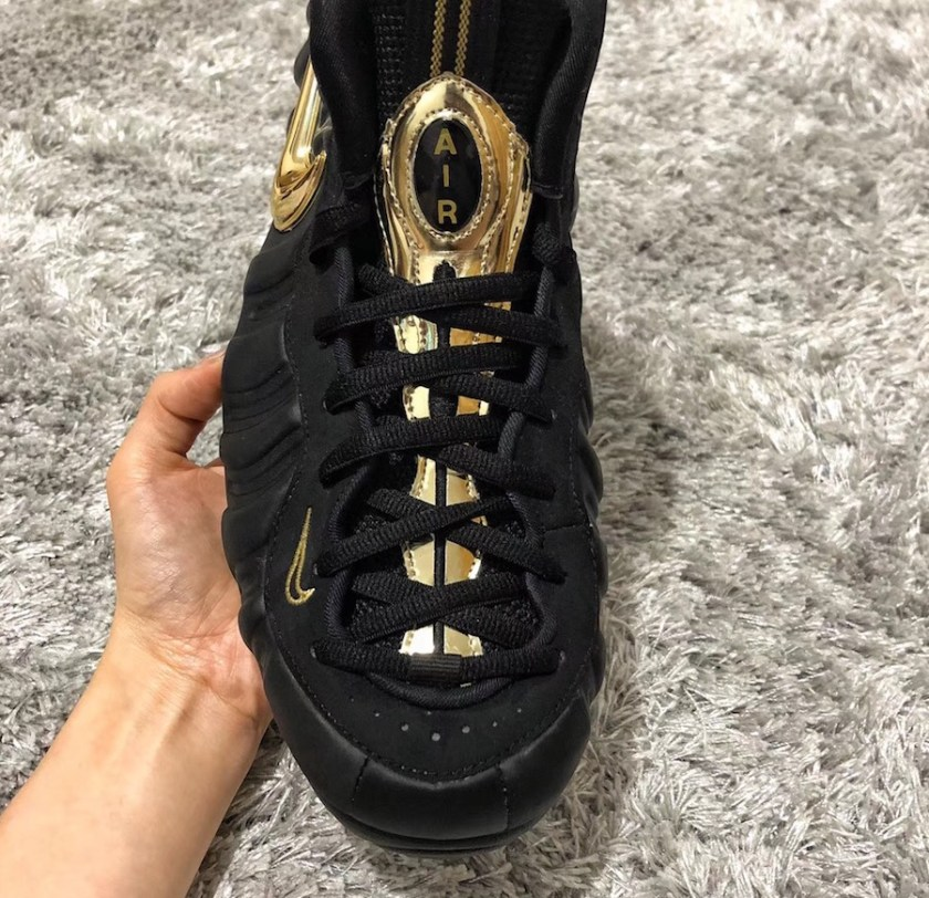 Nike Air Foamposite Pro with impressive gold details