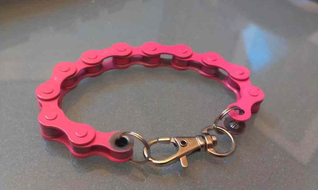 Pink Bicycle Chain Upcycle How to Guide
