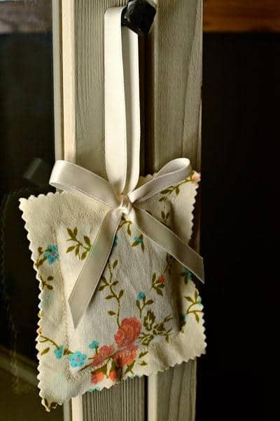 scrap fabric lavender pouch project