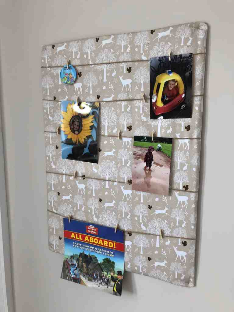 photo display board from cardboard DIY
