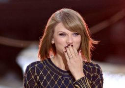 Taylor Swift's music now available on all music streaming platforms