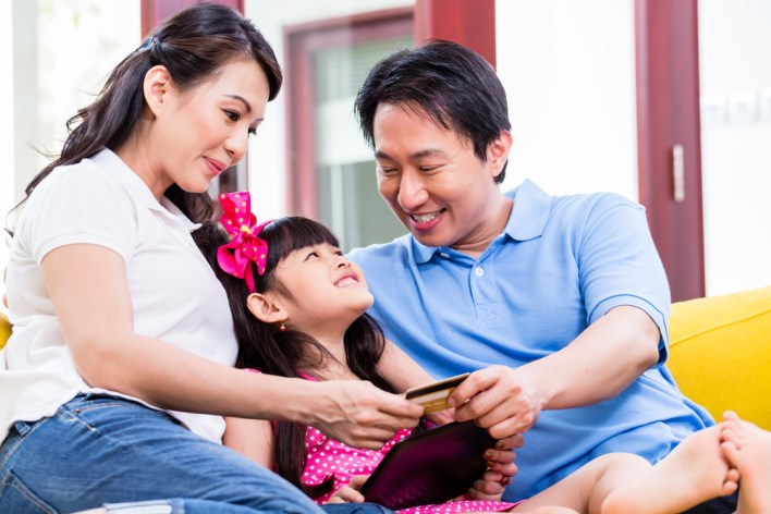 capital-one-quicksilver-authorized-family-users