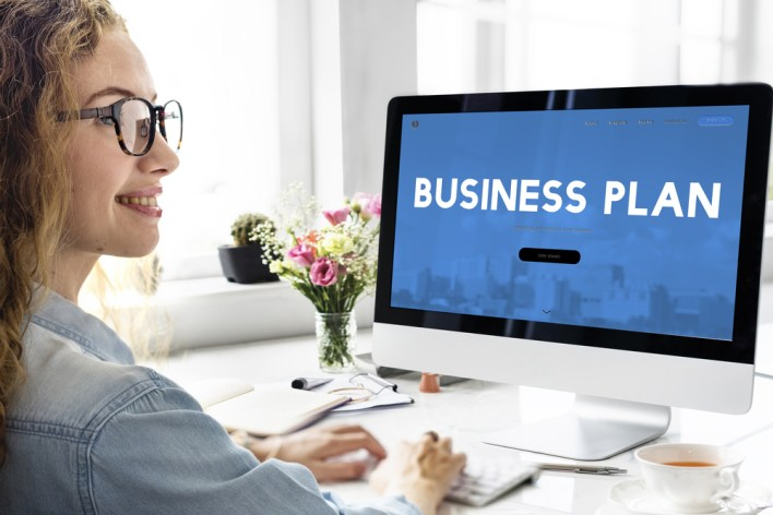 use-the-plum-card-from-american-express-for-your-new-business