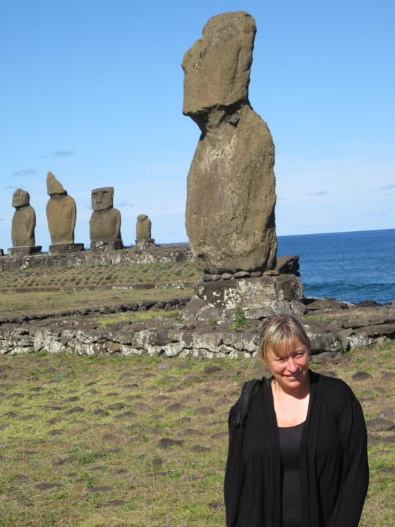 Easter Island - on points!