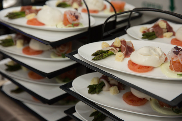 BA New Club World Dining Services