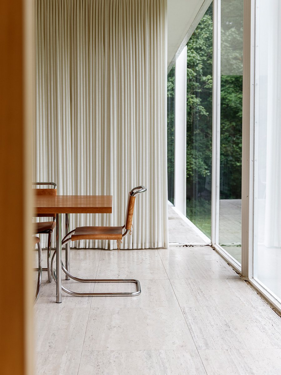 modern chairs wicker hoop chair farnsworth house by ludwig mies van der rohe | up interiors