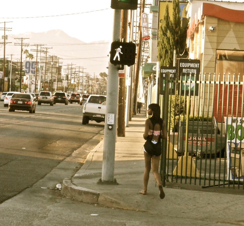 Adult Guide in San Fernando