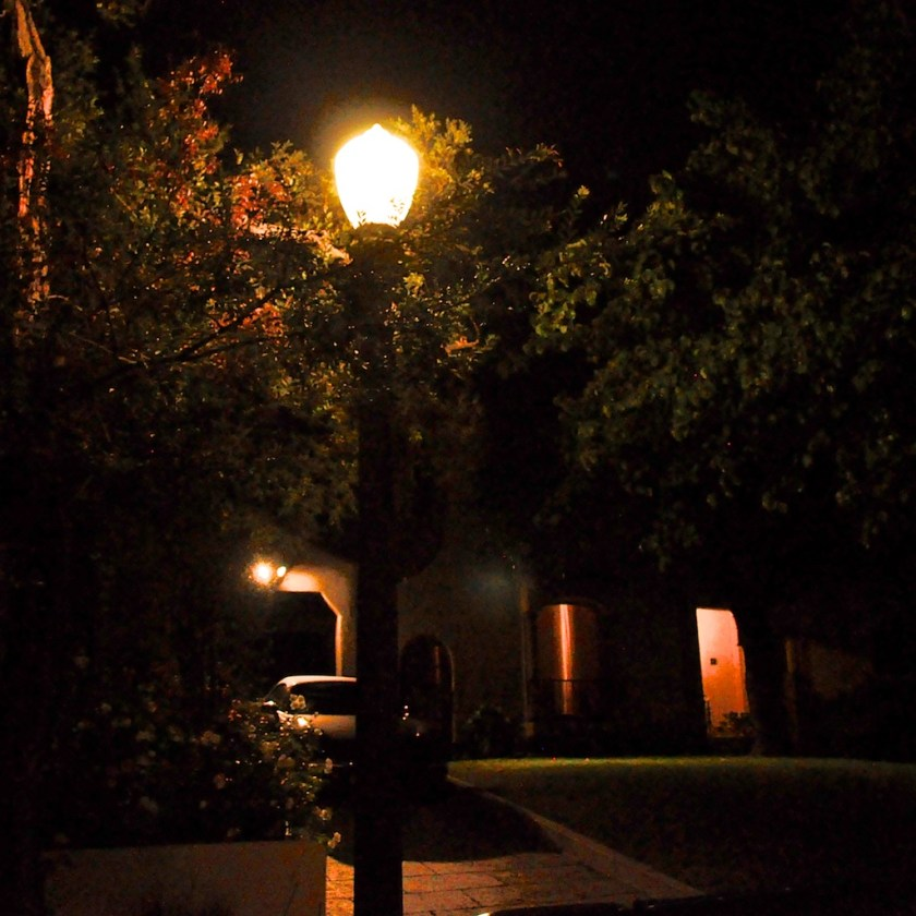 Glendale has streetlights