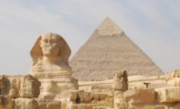 大金字塔暗藏了许多数字之谜。 (Pixabay)