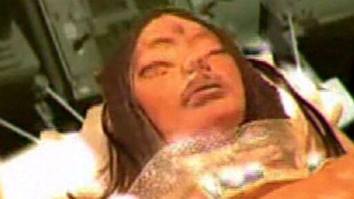 登月悬案: 三眼女外星人(截图)