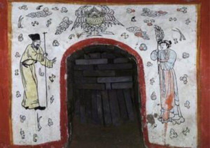 在中国大同发现的1000年古墓的入口。(中国文物网照片)